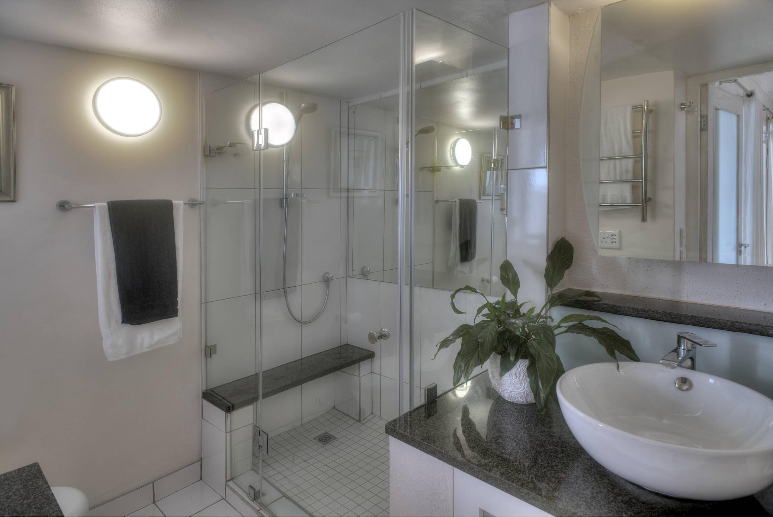 Wavecrest Premier Suite